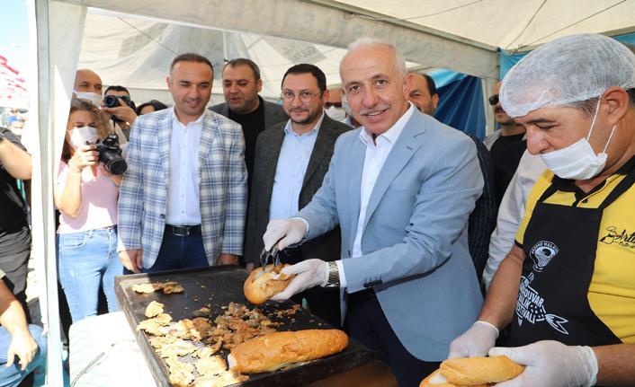 Karaduvar Balık Festivaline Binlerce İnsan Akın Etti