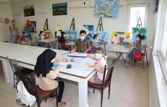Çocuklar Sanatla Bütünleşiyor