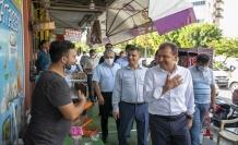 Seçer, Tarsus'ta Vatandaşlarla Buluşup Bayramlarını Kutladı