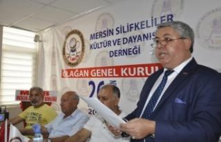 Silifkeliler Derneğinde Bayrağı Nihat Kadıoğlu...