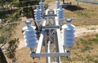 Toroslar EDAŞ, Yeşilovacık'ta Enerji Çalışmalarını...