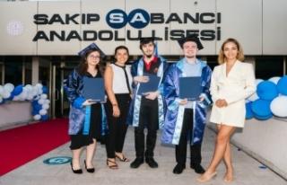 Sakıp Sabancı Eğitim Ödülleri 27. Kez Sahiplerini...