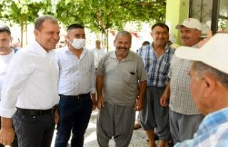 Seçer, Tarsus'ta Muhtarlar ve Vatandaşlarla...