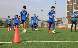 Yaz Futbal Okuluna İlgi Artıyor