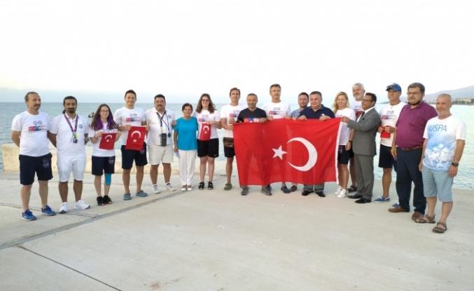 Bayrağımız Kıbrıs'a Yol Aldı