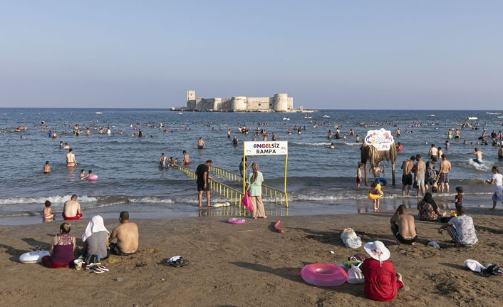 Plajlar Bayram'da Cıvıl Cıvıl
